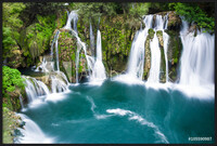 Oprawiony plakat  Waterfalls of Martin Brod on Una national park, Bosnia and Herzegovina