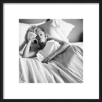 Oprawiony plakat Marilyn Monroe - Bed